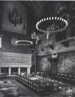 The Dining Rooms Of The Breakers And Biltmore Were Elaborate, Theatrical  Rooms That Were The Perfect Settings For Banquets And Costume Balls.