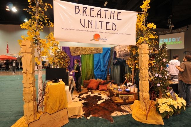 BREATHE UNITED Booth at KushCon2