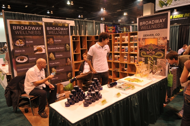 KushCon2 booth of Broadway Wellness Marijuana Dispensary of Denver