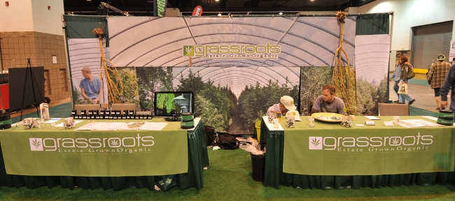 Grassroots Estate Grown Organic Medical Marijuana booth at KushCon2