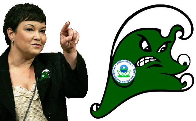 EPA Administrator Lisa Jackson with Tulane University mascot-inspired EPA Green Wave Rising mascot - not authorized by the EPA or Tulane