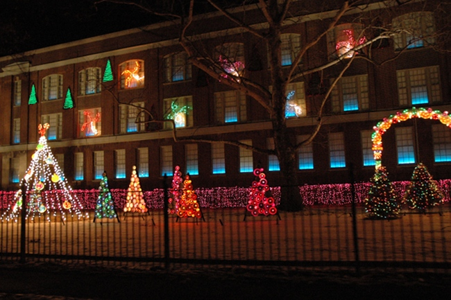 2009 Holiday Lighting Display At GE Lighting U0026 Electrical Institute, Nela  Park, East Cleveland