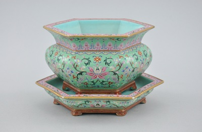 Lot 801. Chinese Export Porcelain Hexagonal Famille Rose Flower Pot and Under Plate sold for$35,655.75