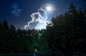 Alien-UFO-Extraterrestrial-Public-Domain-300x198.jpg