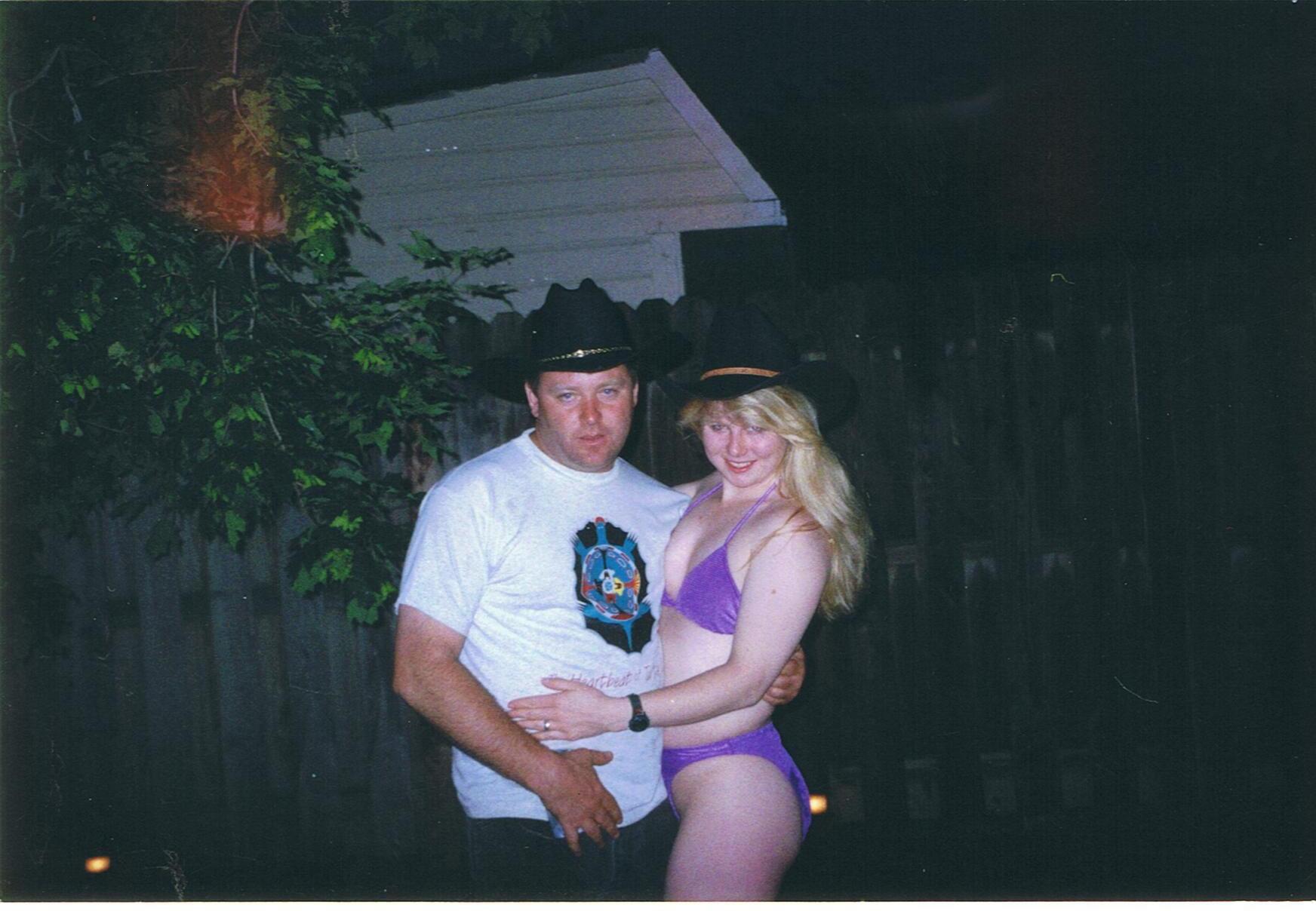 Dianna_and_Billy _June_1999 _in_Squids_ Backyard.JPG